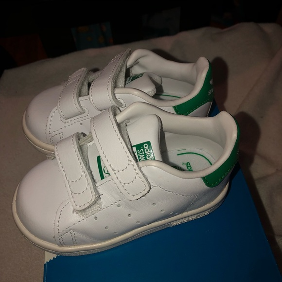 the latest 37f2d 3a3c6 Toddler Adidas Stan Smith sneakers size 5c